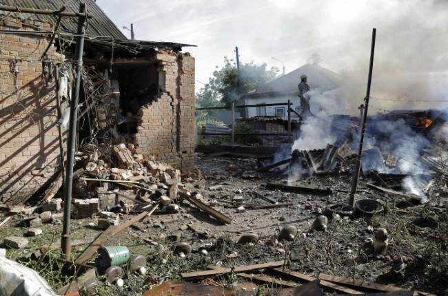 Донбас потъна в кръв (СНИМКИ/ВИДЕО 18+)