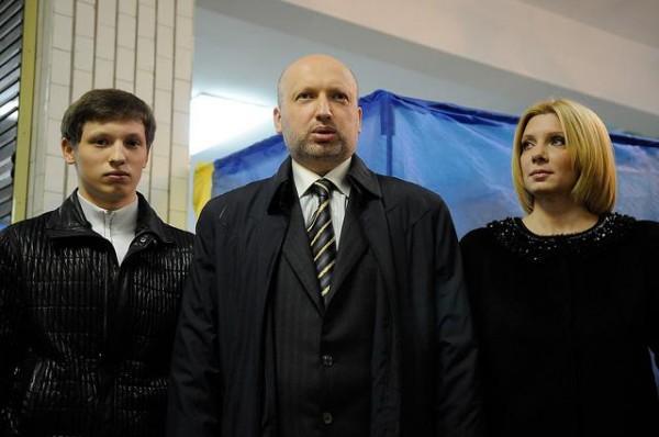 Уволниха военната комисия, изпратила повиквателна на сина на Турчинов