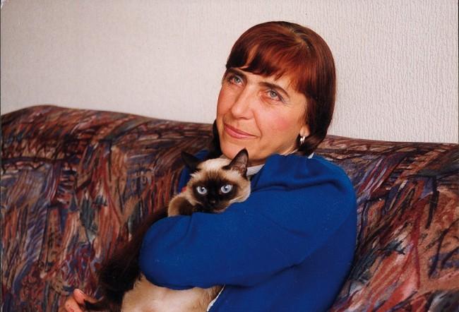 ВАНЯ ПЕТКОВА (10.07.1944 – 26.04.2009 г.) е една от най-ярките съвременни български поетеси и преводач от руски, украински, испански, арабски, арменски и немски език днес трябваше да навърши 70 години.