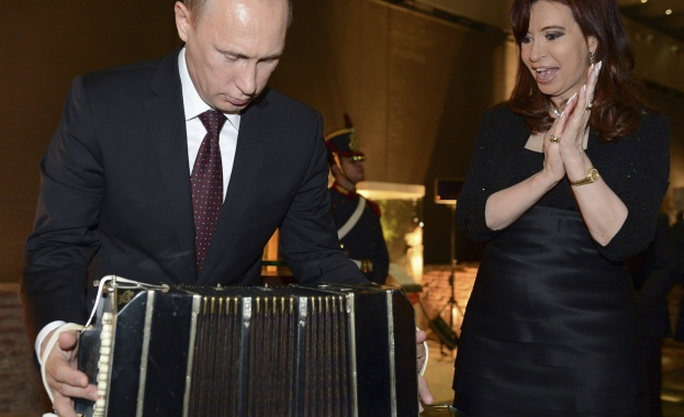 """""""Правда"""": Русия изтласква САЩ от Латинска Америка"""
