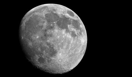 Русия с пилотиран полет до Луната през 2030-2031 г