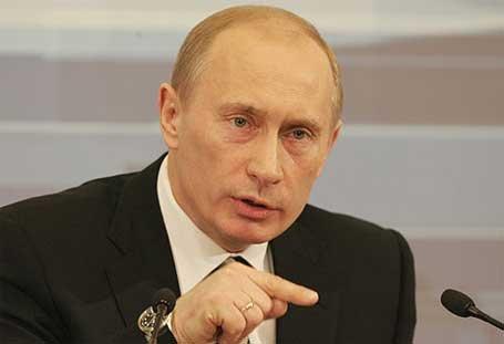 Не бива да се отрича Холокста, заяви Владимир Путин