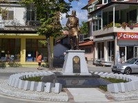 Паметник на ген. Михаил Скобелев в град Казънлък бе открит през септември 2014 г.