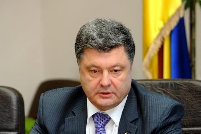 """Порошенко прекрати """"примирието"""" в източна Украйна"""