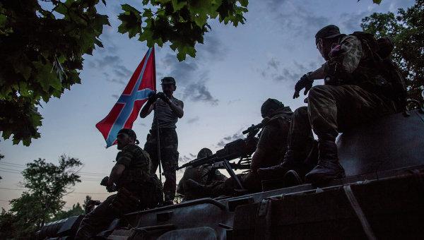 Опълченците се опитват да предотвратят обкръжаването на Донецк