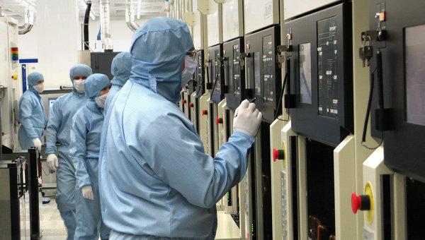 Заради санкциите Русия ще купува електроника за армията от Китай