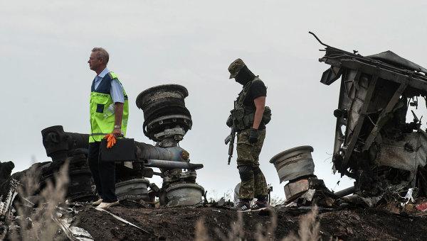 ОССЕ: На мястото на катастрофата на Боинг 777 все още има тела на загинали