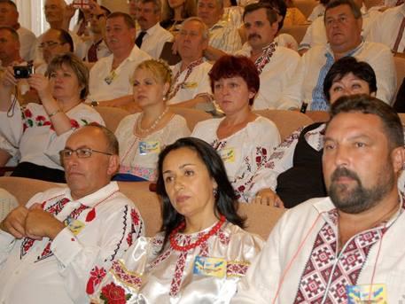 Облякоха учителите в Одеса в носии
