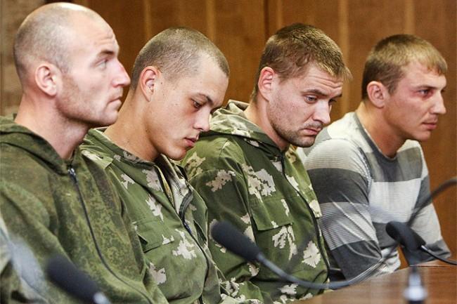Порошенко обеща да освободи руските десантчици
