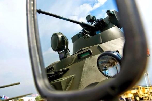 Руски танкове за първи път танцуваха сиртаки