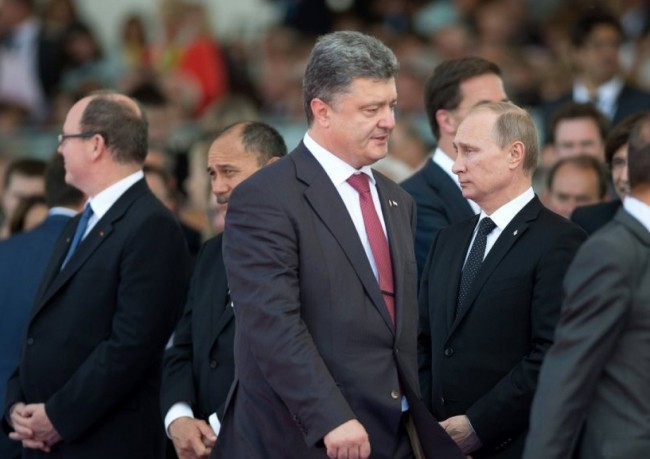 """Форбс"": Порошенко предлагал на Путин да вземе Донбас"