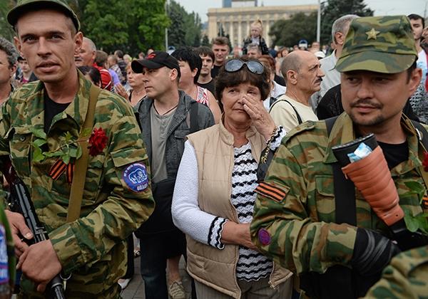 В Донецк пристигна Тихвинската икона с лика  на Божията Майка