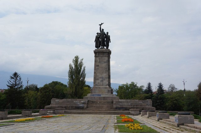 Москва е възмутена от оскверняването на ПСА в България