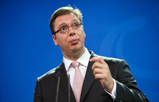 Край дома на министър-председателя на Сърбия бе открит склад с оръжие