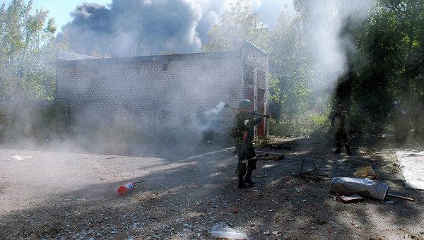Четирима загинаха при обстрел на украинските военни в Донецк