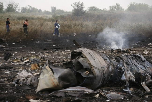 На мястото на катастрофата на Boeing пристигнаха холандски екперти