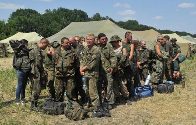 Опълченците пуснали 150 украински военни да излязат от обкръжение