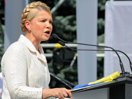 Тимошенко призова правителството да плати газа на Русия