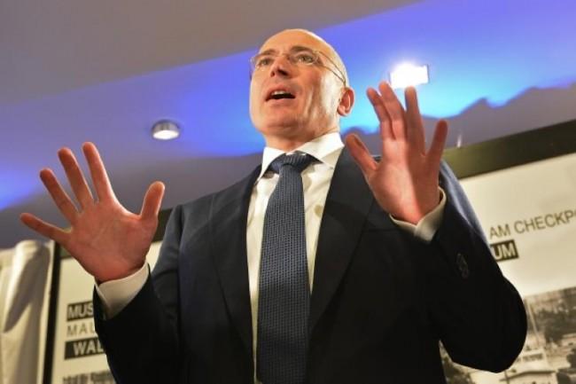 Тайната на едни 17 милиарда. Или защо Ходорковски стои далеч от Русия?