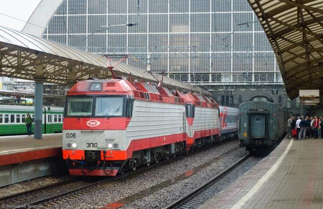 Москва спира влаковете до София и Будапеща