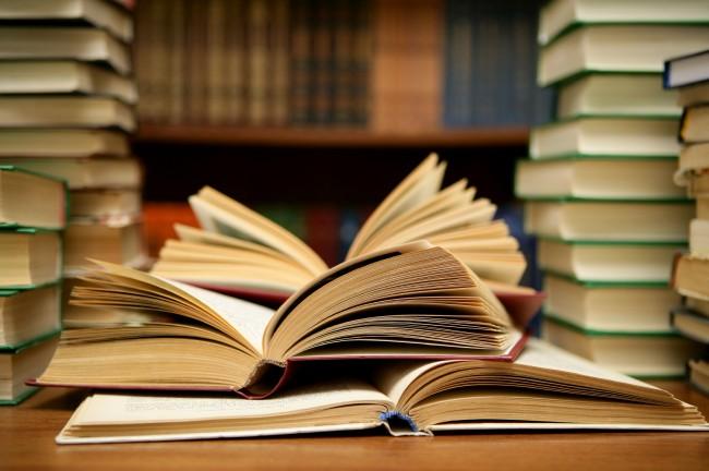 Руски бизнесмен подари книги за 50 000 лв. на наш университет
