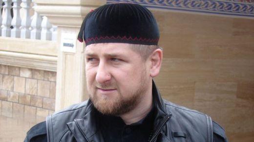 Чеченският президент получи пети дан месец след като стана почетен професор в ислямски институт