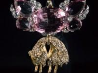 «Златното руно» – най-старият испански орден, учреден през 1429 г. Средата на  XIX век