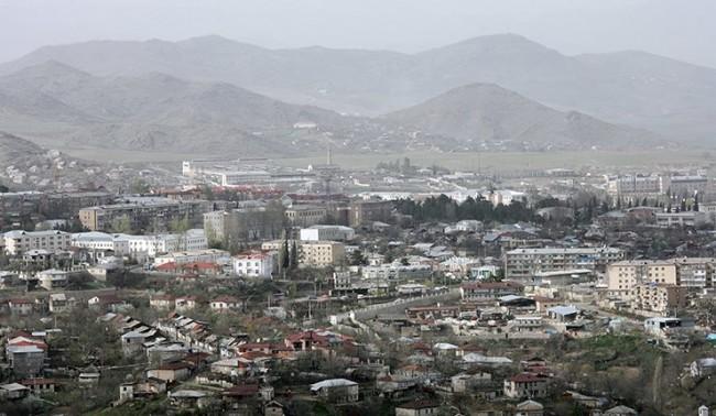 Азербайджан забрани полетите над Нагорни Карабах