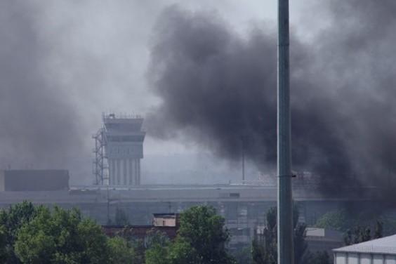 Битката за донецкото летище продължава, има жертви