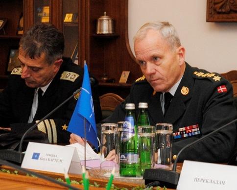 В Киев пристигна делегация на НАТО