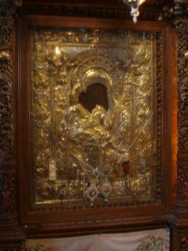 """В Москва искат да се поклонят на чудотворната икона """"Достойно ест"""