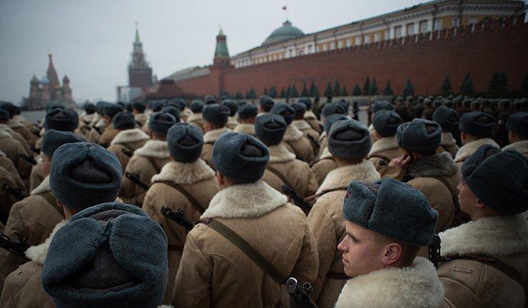 Днес на Червения площад тържествен марш с историческа възстановка1