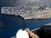 """Как руски изтребители разляха кафето на американските офицери от  самолетоносача """"Кити Хоук"""""""