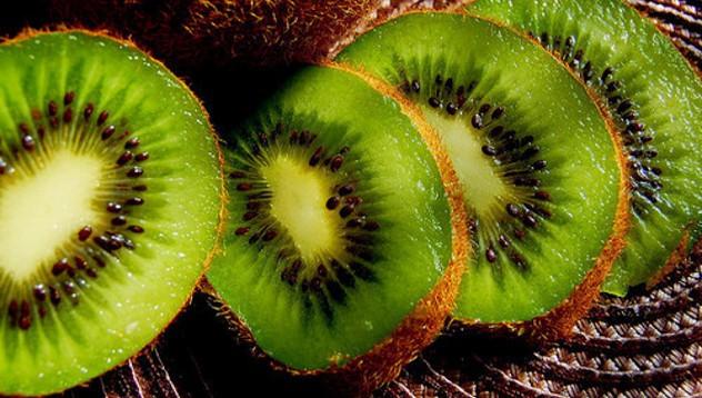 Заменят санкционни плодове с българско киви от Сочи