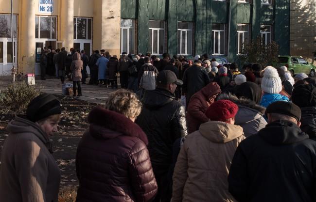 ЛНР и ДНР отчетоха рекордна избирателна активност
