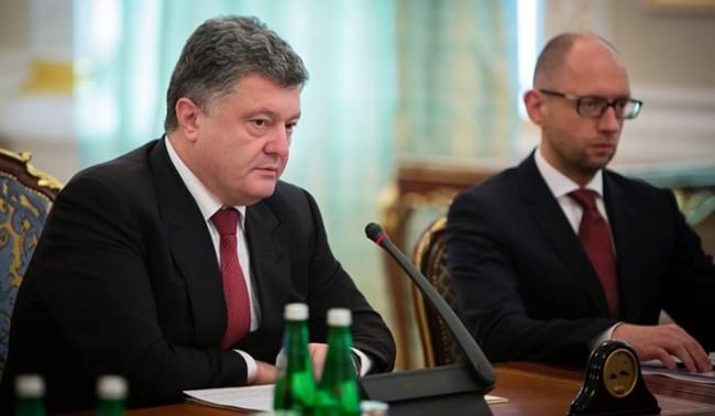 Порошенко е готов да насрочи нови избори в Донбас