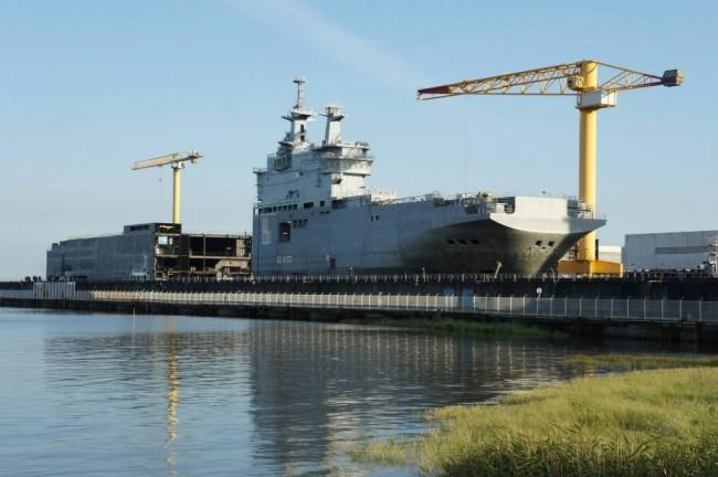 Франция няма да може да продаде корабите «Мистрал» на трети страни