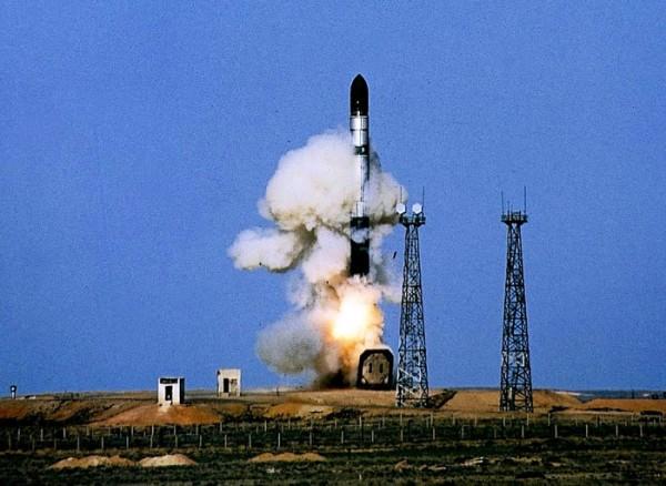 Пуск на ракетата Р-36