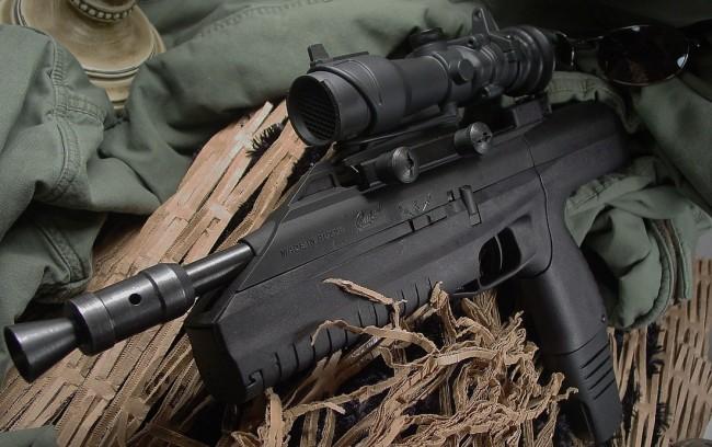 """Руският картечен въздушен пистолет МР-661К """"Дрозд"""" без конкуренция по оригиналност на конструкцията"""