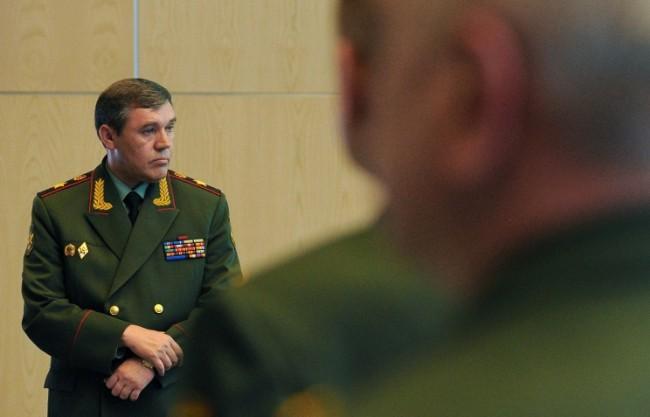 Началникът на Генералния щаб на Русия: Военнополитическата обстановка в света е напрегната