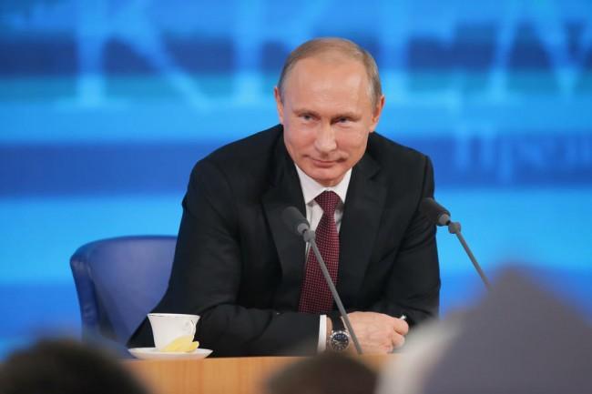 Русия отстоява интересите си, никого не атакува