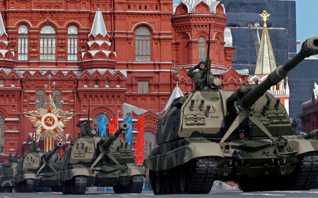 """От Т-34 до """"Терминатор"""" – прочутите руски танкове"""