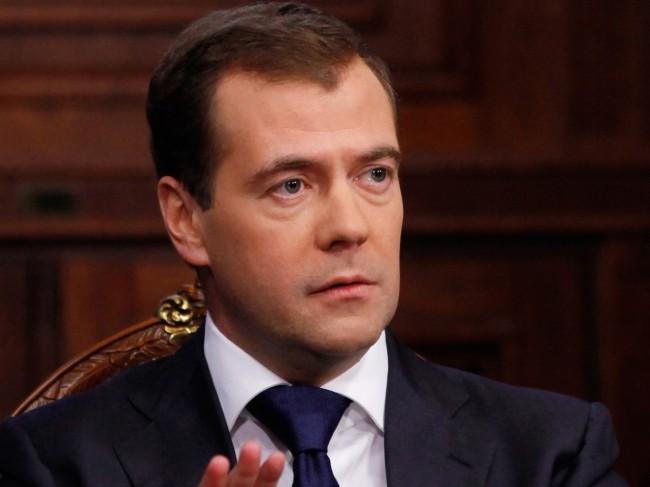 Медведев: Русия ще трябва да реагира