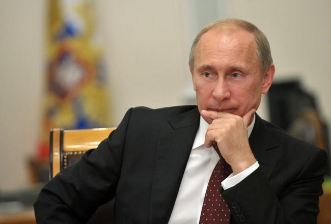 Путин обсъди Украйна с членове на Съвета за сигурност на Русия