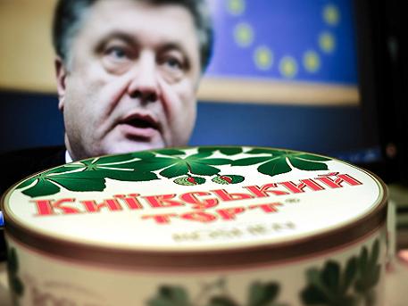 В Киев палят магазините на Порошенко