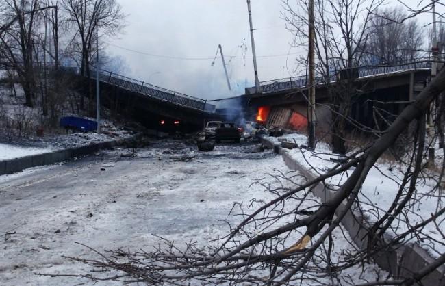 Украинската армия понесе огромни загуби при опит да си върне летището в Донецк