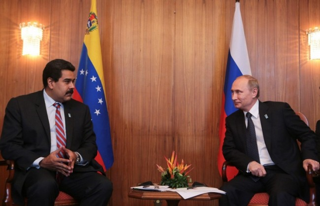Путин ще обсъди с президента на Венецуела ситуацията на петролния пазар