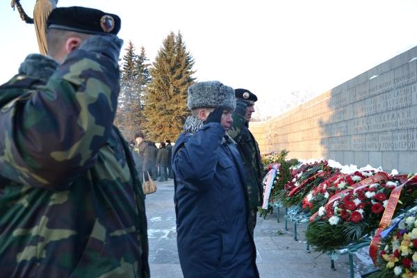 В Санкт Петербург разказваха спомени за блокадата и почетоха паметта на жертвите