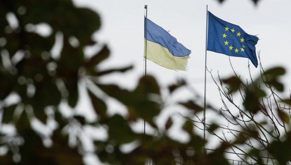 Полска медия: Западът не помага на Украйна, а храни киевските олигарси