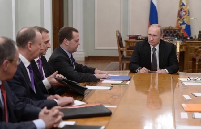 Путин проведе оперативно съвещание с членовете на Съвета за сигурност